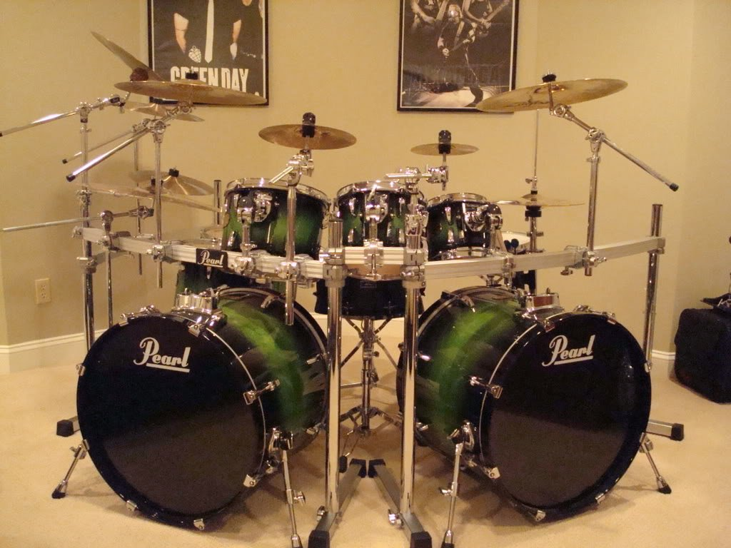 8001b94097f2 Drum racks are one of the coolest and the most neatest ways to setup drums.  Generally