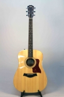 Taylor, Acoustic-El Guitar, 200 Series, Rosewood , Dreadnought, 210-E